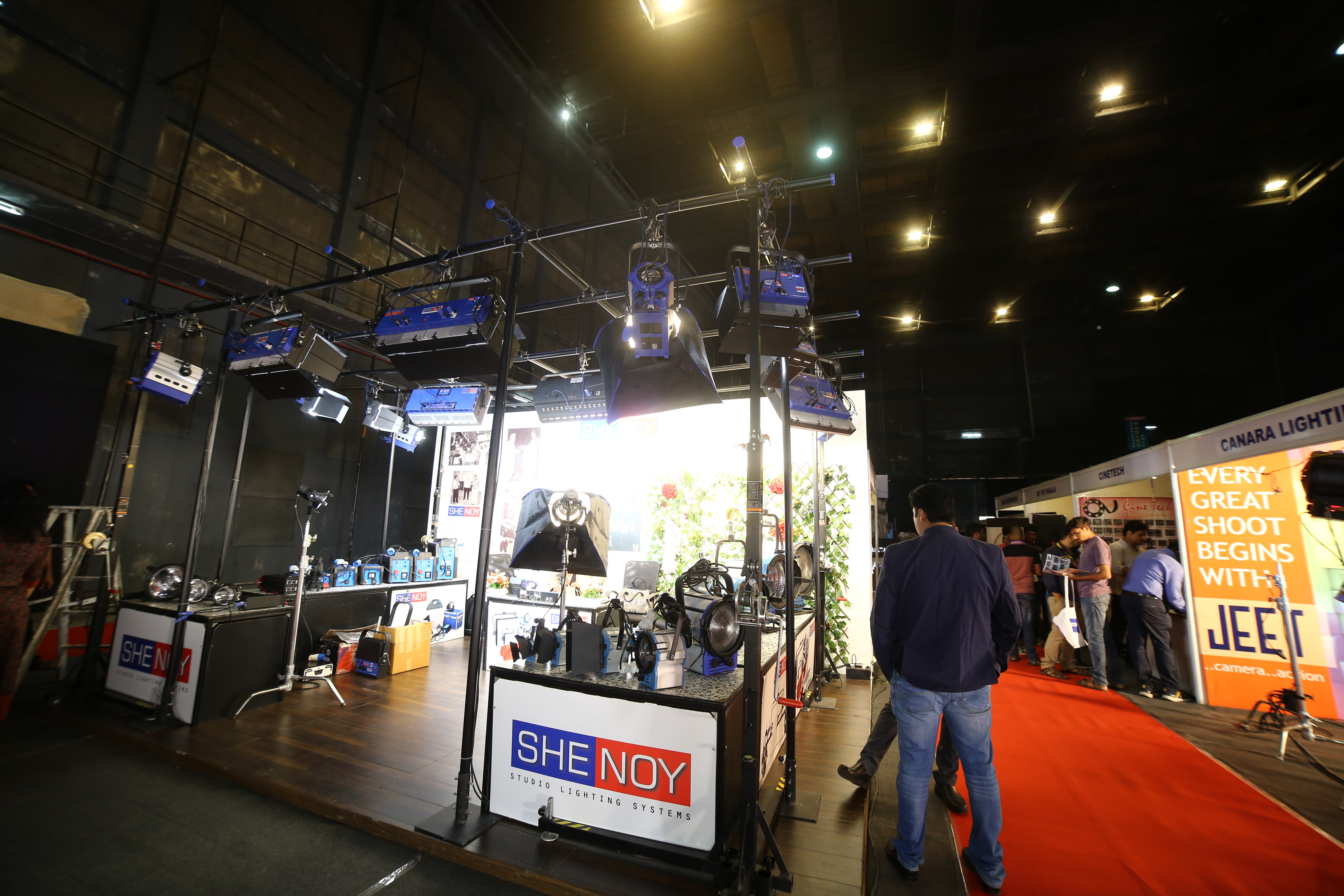 Shenoy Studio Lighting Systems
